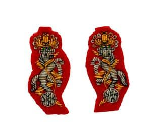 REME Collar Mess Dress Badges for Female Red